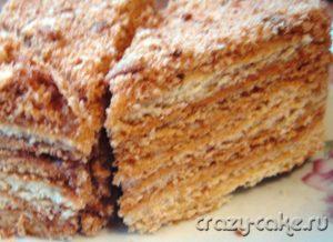 Торт медовик с вареной сгущенкой
